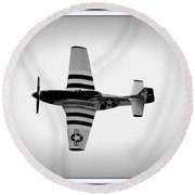 P51 King Of The Skies Round Beach Towel