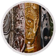 Papua New Guinea Masks Round Beach Towel