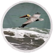 Pelican Flying Round Beach Towel