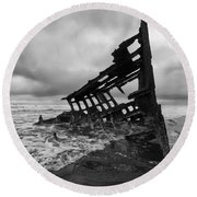 Peter Iredale Shipwreck Oregon 1 Round Beach Towel