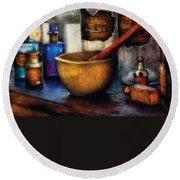 Pharmacist - Mortar And Pestle Round Beach Towel