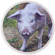 Pink Pig Portrait Round Beach Towel