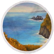 Pololu Valley Lookout Round Beach Towel
