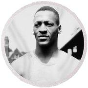 Portrait Of Jesse Owens Round Beach Towel