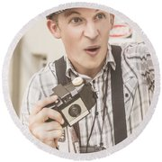 Press Photographer With Great Exposure Round Beach Towel