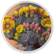 Prickly Pear Cactus In Bloom Round Beach Towel
