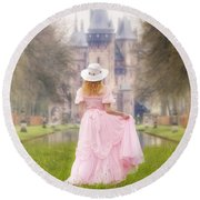 Princess And Her Castle Round Beach Towel
