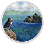 Puffin At Skellig Island Ireland Round Beach Towel