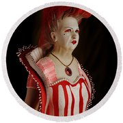Queen Of Hearts Round Beach Towel