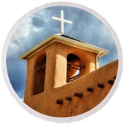 Rancho De Taos Bell Tower And Cross Round Beach Towel