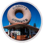 Randy's Donuts Round Beach Towel