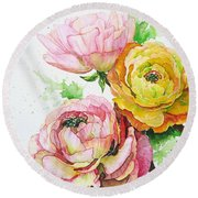 Ranunculus Flowers Round Beach Towel
