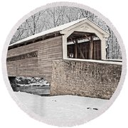 Rapps Bridge In Winter Round Beach Towel