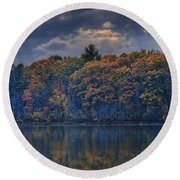 Rayons D'automne Round Beach Towel