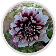 Red And White Dahlia  Round Beach Towel