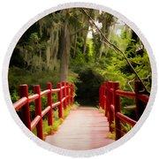 Red Bridge In Southern Plantation Round Beach Towel