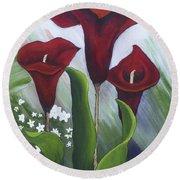 Red Calla Lilies Round Beach Towel