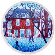 Red House In Montreal - Cityscape Round Beach Towel