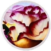 Red Lipped Petals Round Beach Towel