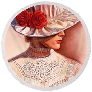 Red Roses Satin Hat Round Beach Towel