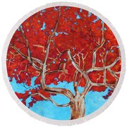 Red Tree Wip Round Beach Towel