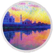 Taj Mahal, Reflections Of India Round Beach Towel