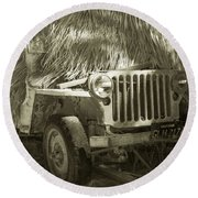 Reminds Me Of Mash Willys Jeep Round Beach Towel