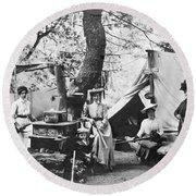Rifle Women In Camp Round Beach Towel