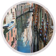 Riflessi Colorati A Venezia Round Beach Towel