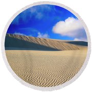 Rippled Sand And Dunes With Blue Sky Round Beach Towel