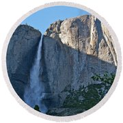 Rising Sun At Upper Yosemite Falls Round Beach Towel