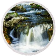 River Flowing Through Woods Round Beach Towel