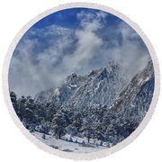 Rocky Mountain Dusting Of Snow Boulder Colorado Round Beach Towel