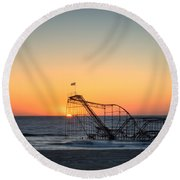 Roller Coaster Sunrise Round Beach Towel