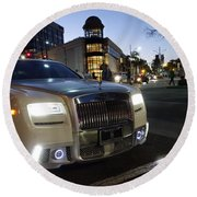Rolls Royce Parked At The Bottom Of Rodeo Drive Round Beach Towel by Nina Prommer