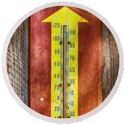Royal Crown Barn Thermometer Round Beach Towel