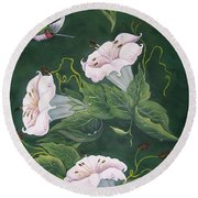 Hummingbird And Lilies Round Beach Towel