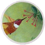 Rufous Hummingbird Round Beach Towel