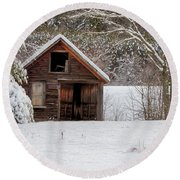 Rustic Shack In Snow Round Beach Towel
