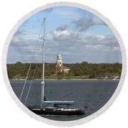 Sailing Past Netley Round Beach Towel