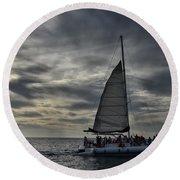 Sailing The Caribbean Round Beach Towel