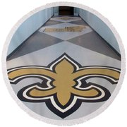 Saints Are Coming - Benson Towers - New Orleans La Round Beach Towel