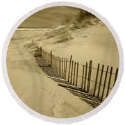 Sand Dunes And Fence Round Beach Towel