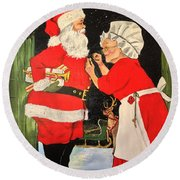 Santa And Mrs Round Beach Towel