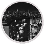 Sao Paulo - Classic View Of Downtown - Copan Building From Terraco Italia Round Beach Towel