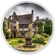 Scotney Castle 4 Round Beach Towel