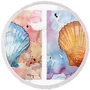 Sea Shells In Contrast Round Beach Towel