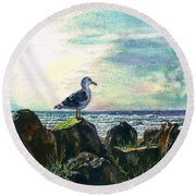Seagull Lookout Round Beach Towel