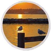 Seaguls At Sunset Round Beach Towel