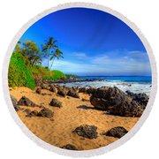 Secret Beach Maui Round Beach Towel